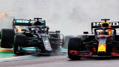 F1'de Red Bull ile Mercedes tartışmaya devam ediyor