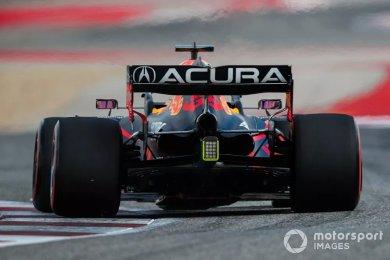 Red Bull, Verstappen'in arka kanadının neden çatladığını bilmiyor