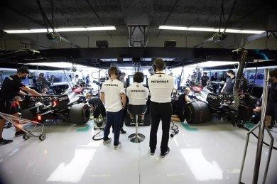 """Mercedes: """"F1 motor sorunlarının Cowell'ın yokluğuyla ilgisi yok"""""""