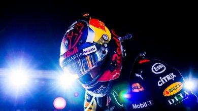 Verstappen RB14'ün griddeki en iyi ...