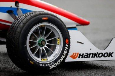 F1 lastik ihalesinde Pirelli'nin ra...