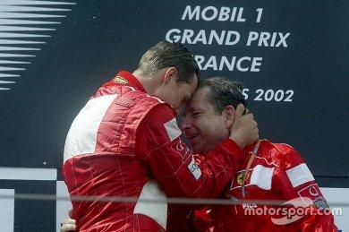 Todt: Ayda en az iki kez Schumacher...
