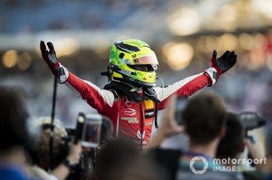 Schumacher: Bir sonraki adımı dikka...