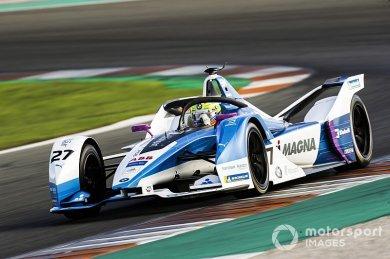 BMW çaylağı Sims, Formula E testini...