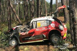 Meeke, Portekiz'deki büyük kaza son...